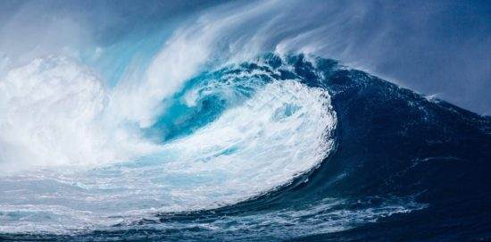 La couleur bleue évoque aussi la liberté et l'évasion