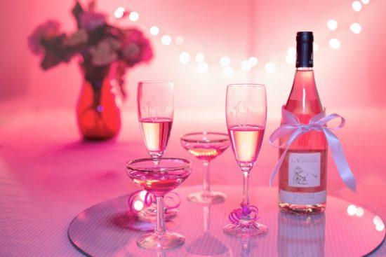 Le rose : une couleur foncièrement romantique