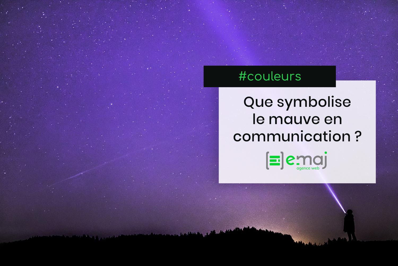 Que symbolise le violet en communication ?
